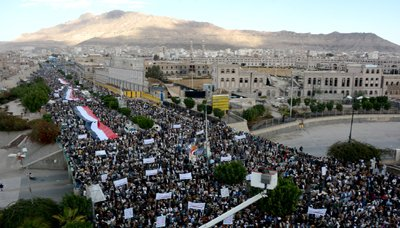 A Huge Public March Refuses Saudi And American Crimes In Yemen